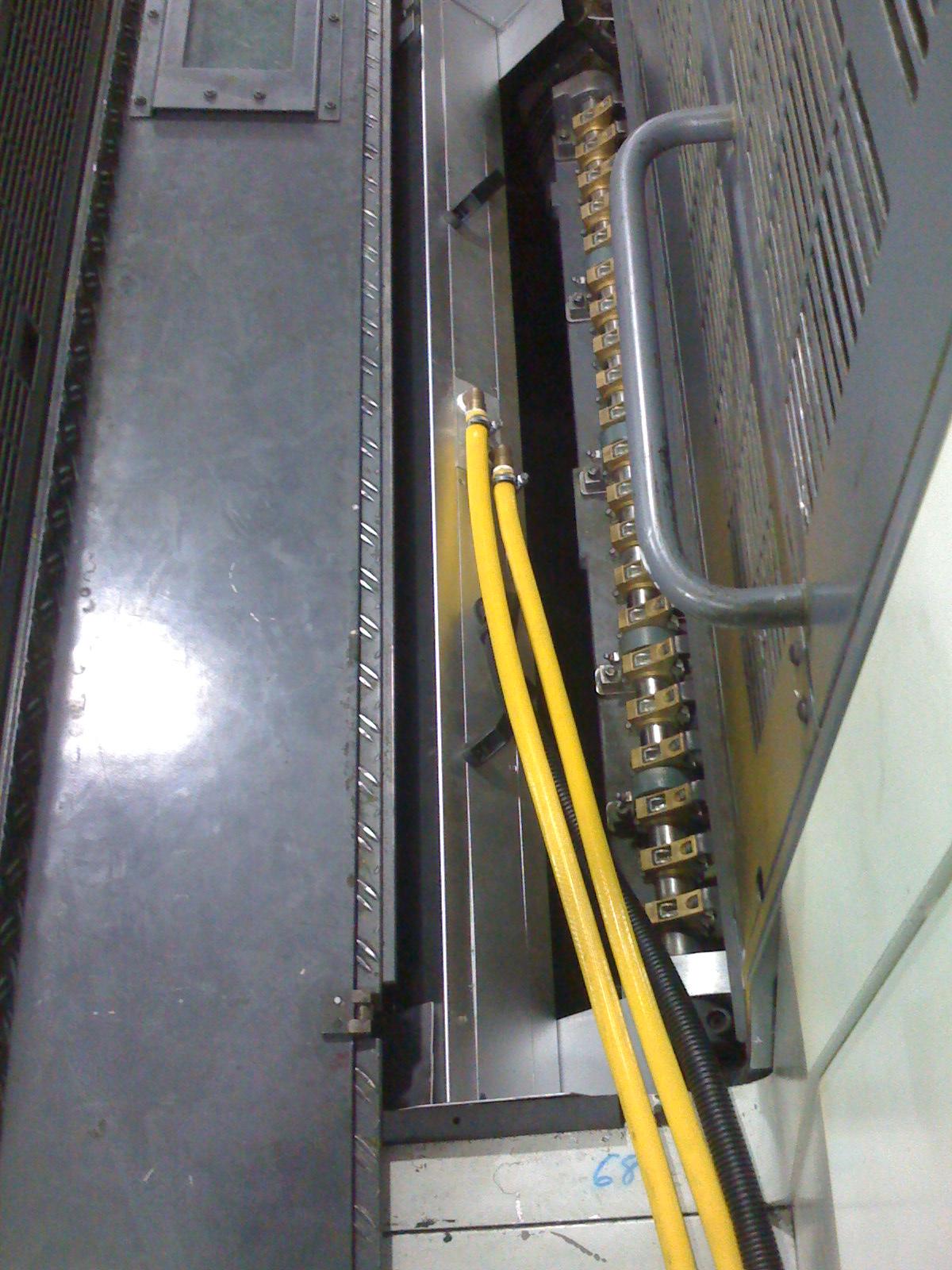 曼罗兰700胶印机加装UV2