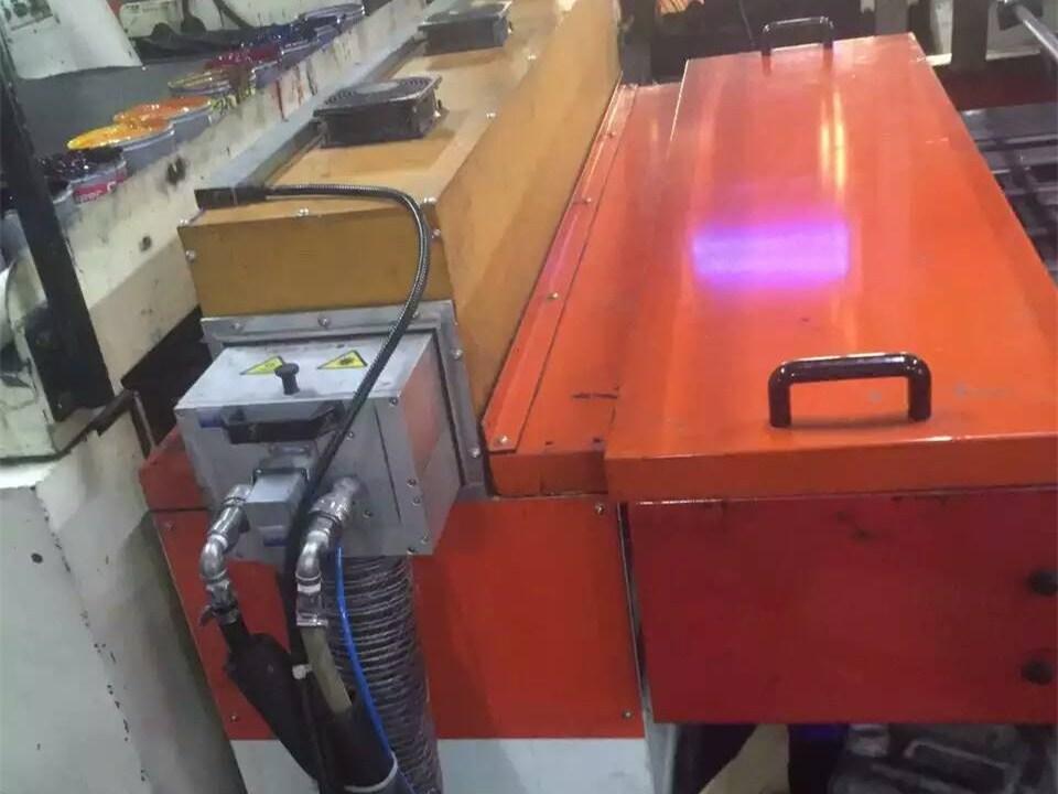 马口铁印刷机加装UV设备5