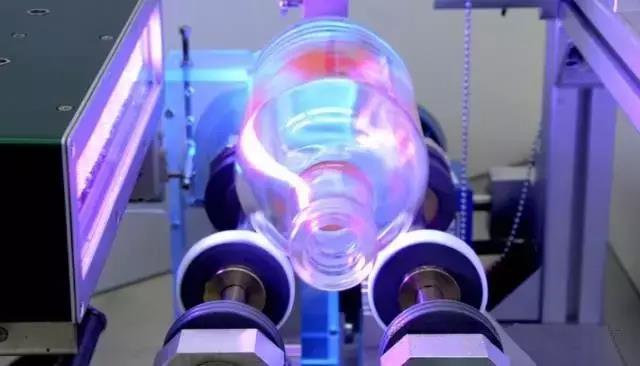 固化玻璃上的紫外线印刷